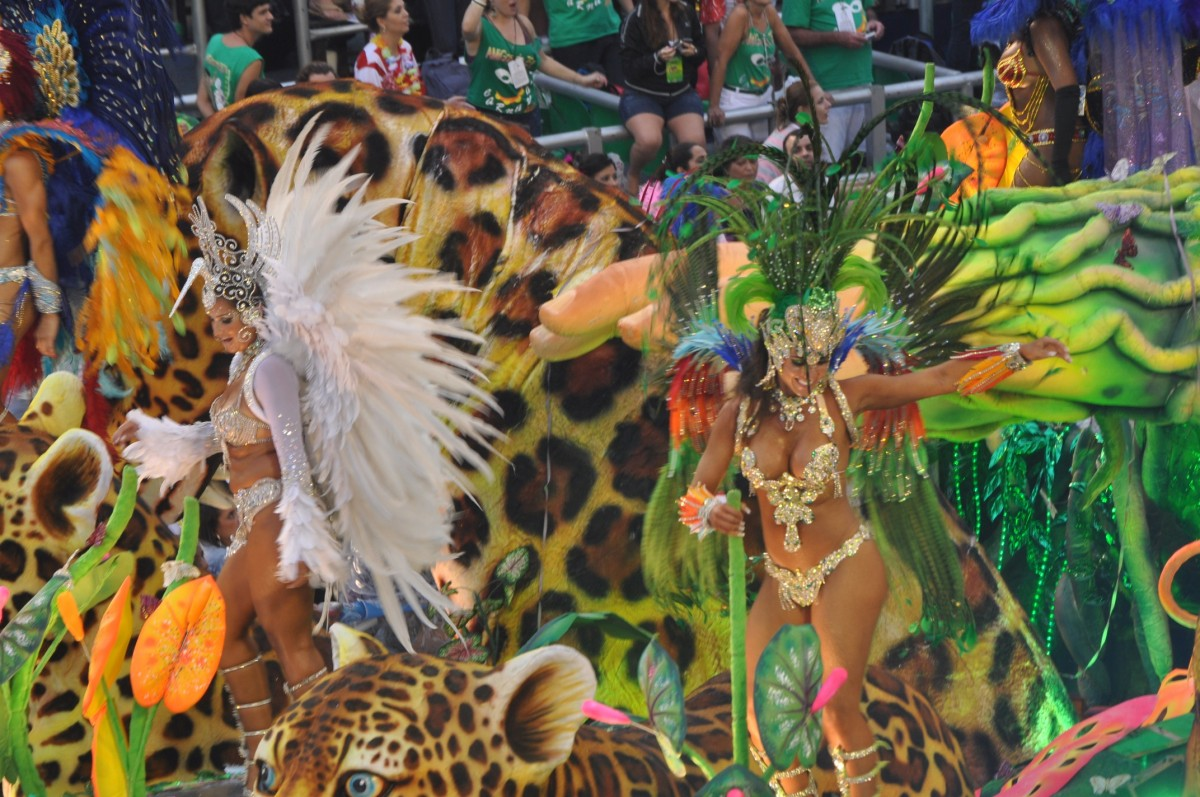 Dancers at Rio de Janeiro Carnival