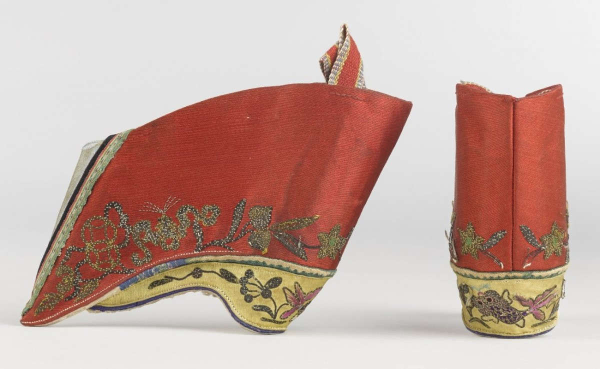 10.5 centimeters lotus shoes from XIXth century