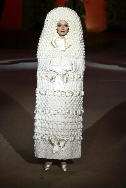 69 crazy wedding dress ideas miratico for Poupee russe