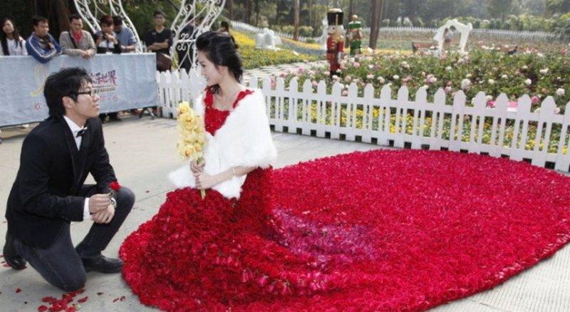9999 roses