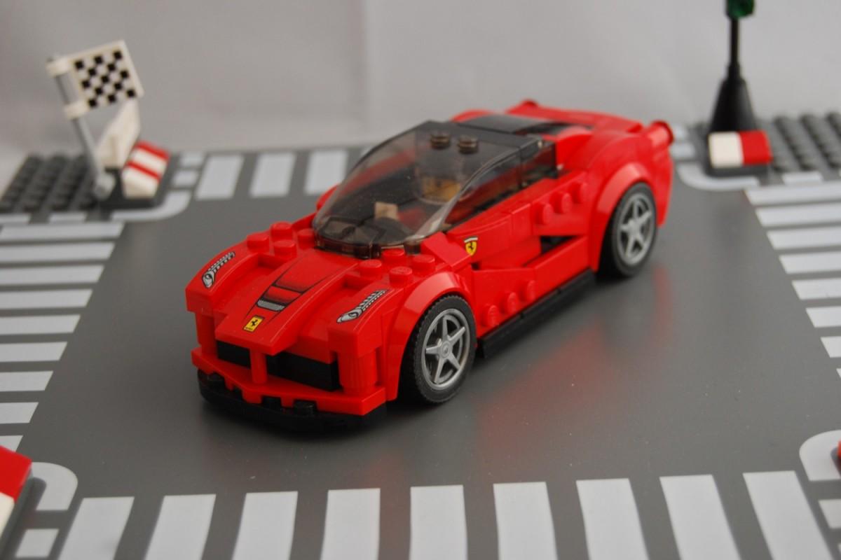 Lego Ferrari F150