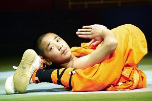 Shaolin monk in an atypical meditation position