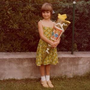 Heidi Klum in her first day of school